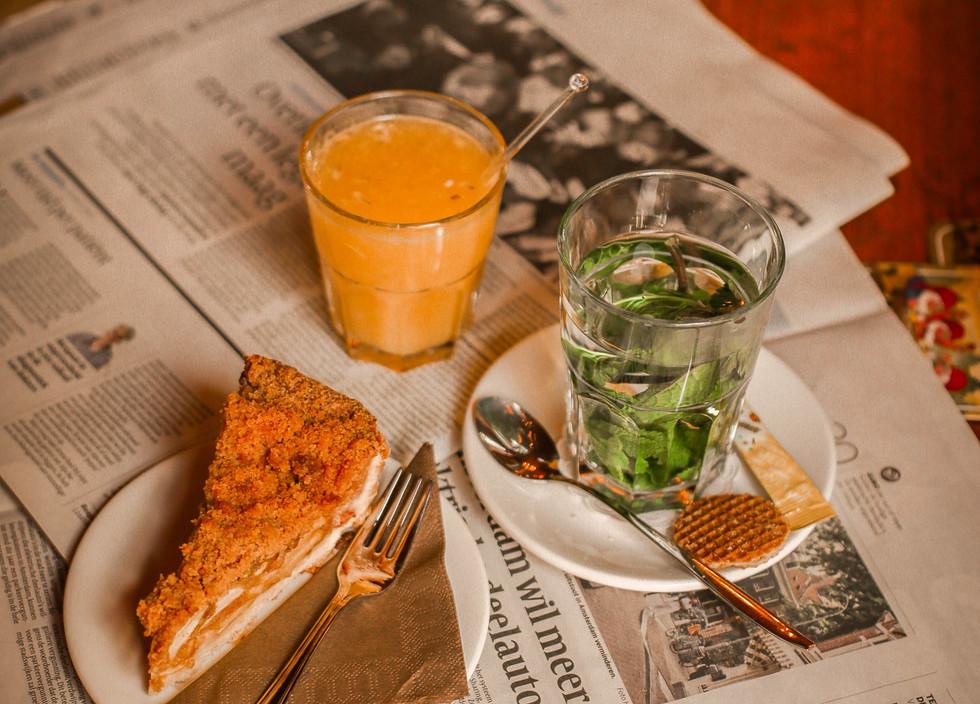 Koffie en gebak bij Sijf