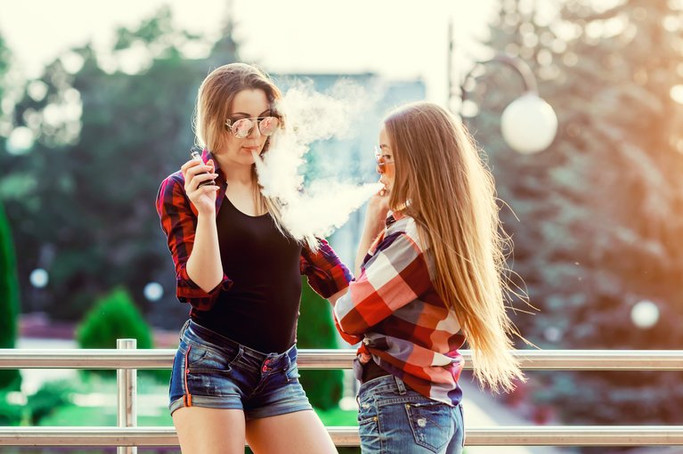 How to Talk With Teenagers About Vaping