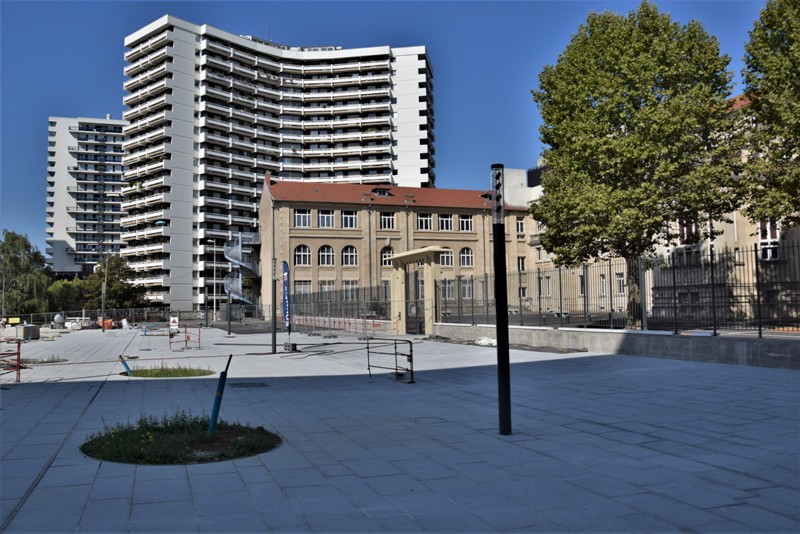 Nancy Grand Cœur, place des Justes