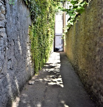 sentier des Mansiaux