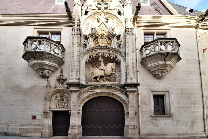 Nancy, palais ducal, porte Masco
