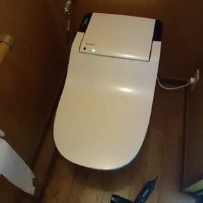 トイレのリホーム。