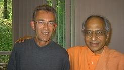 Willem Meijer en Swami Veda.jpg
