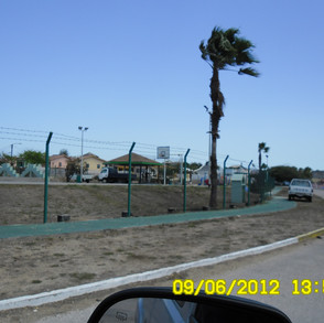 esso-heights-fence-before-sam_1302-2