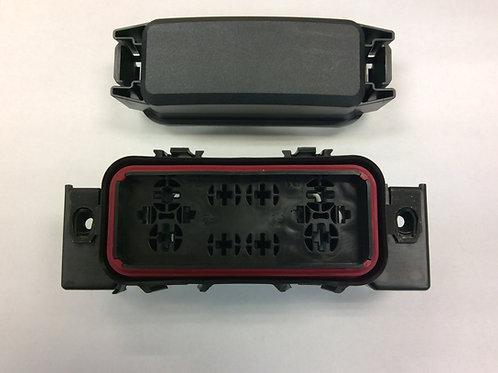Heavy duty dual fuse/relay box