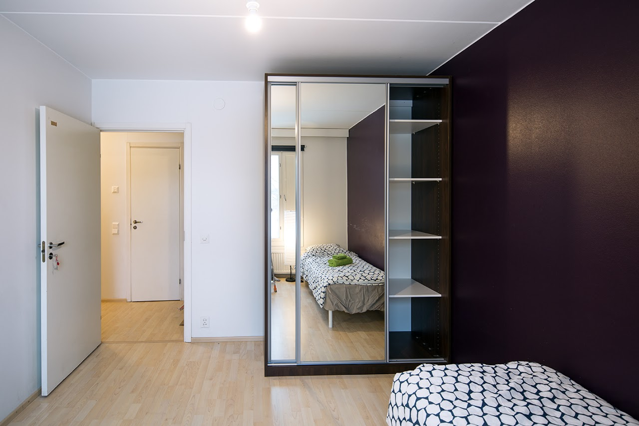 Jarrumiehenkatu 2B80 1st Room b