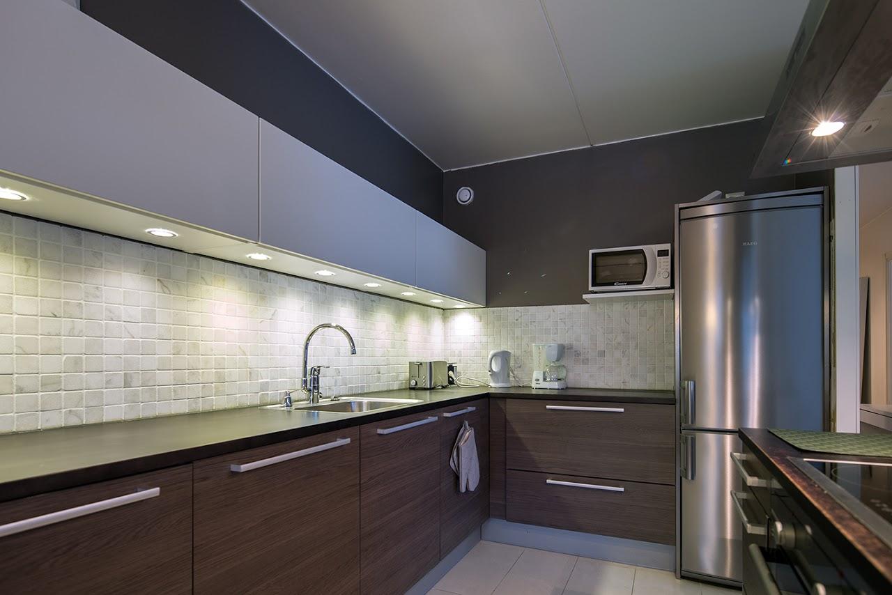 Jarrumiehenkatu 2B80 Kitchen2