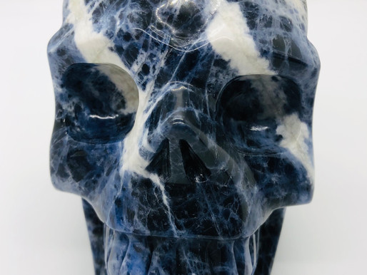 CRYSTAL SKULLS: Mysterious Or Miraculous?