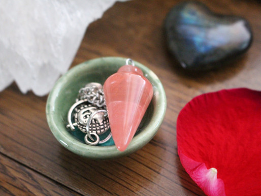RELATIONSHIPS: How To Use Crystals To Support Them