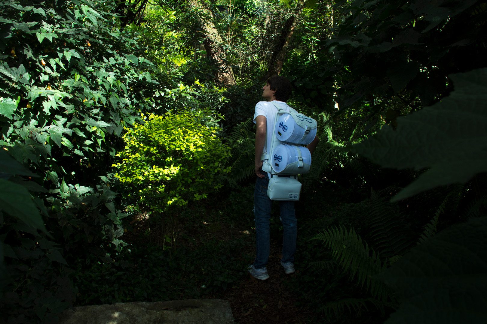 PseudoFreeze backpack to transport vaccines or medicines to rural areas.