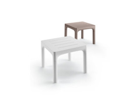 simple table / 2010