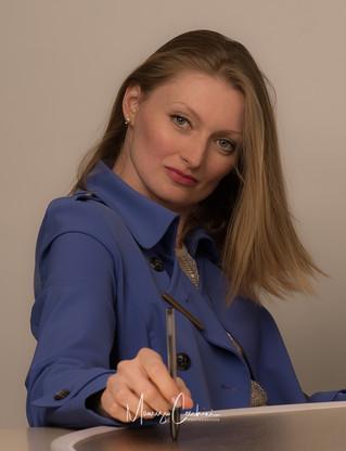 Fashion Portrait Business Professional Linkedin Social Media Bank Office Translator Headshots