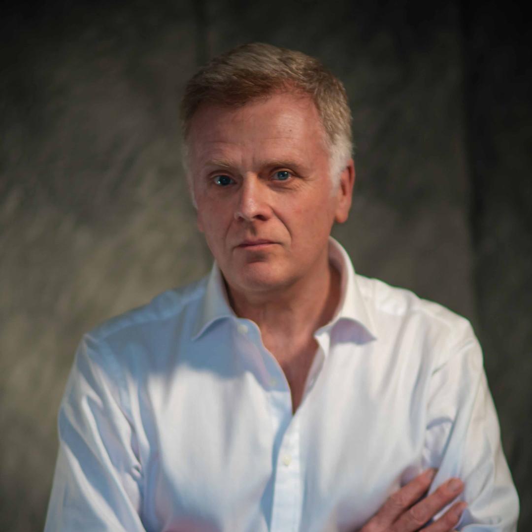 Portrait Timothy Rory Flaulkner-.jpg