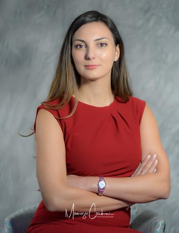 Portrait Business Professional Linkedin Social Media Bank Office Translator Headshots