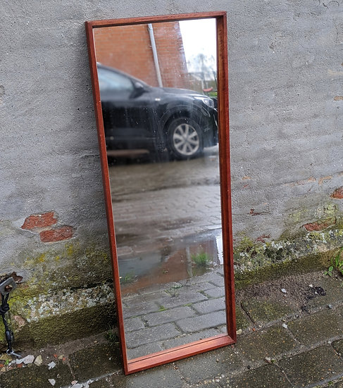 Teak Mirror - Hundredeogtreogtyve