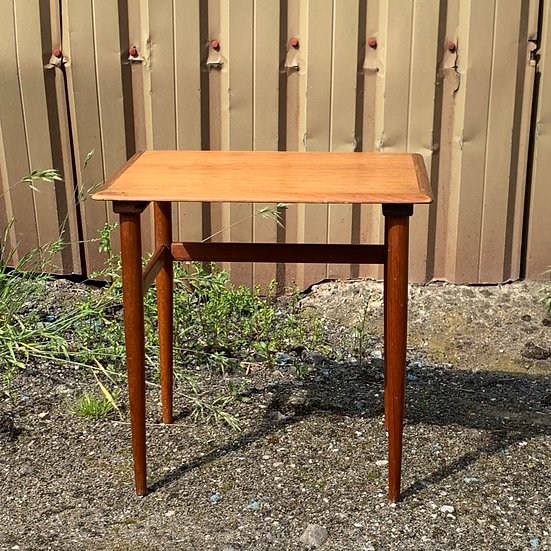 "Teak Side Table - ""Bein"""