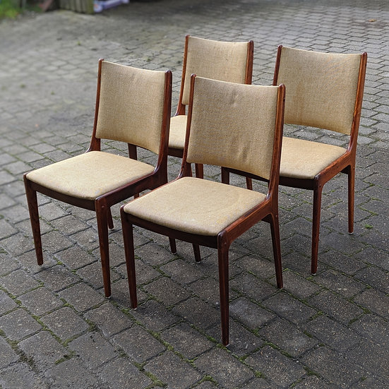 4x Rosewood Dining Chairs - Hundredeogfire