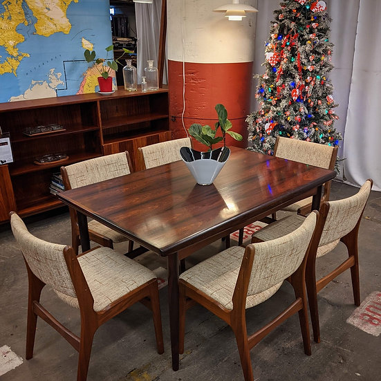 (SOLD) Rosewood Dining Table - Jul
