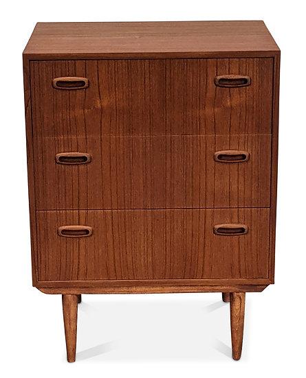 Dresser - Kaj