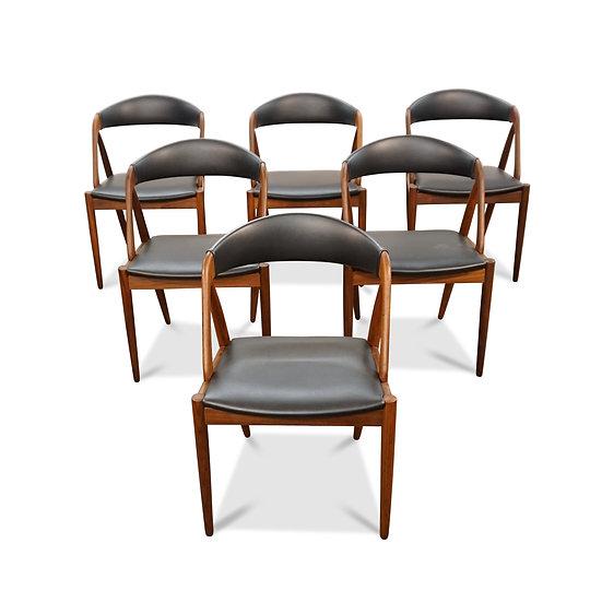 (SOLD)Set of 8 Kai Kristiansen Teak Model 31 Dining Chairs