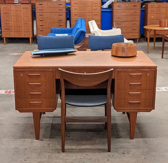 Teak Desk - Pelle
