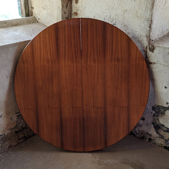 Rosewood Table - Otteogtres