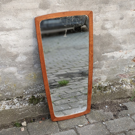 Teak Mirror - Enoghalvfjerds