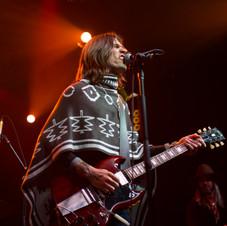 Nick Perri & The Underground Thieves, guitarist