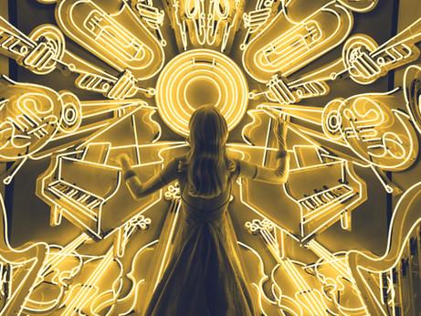 10 Motive Pentru care Copiii ar Trebui sa Studieze un Instrument Muzical