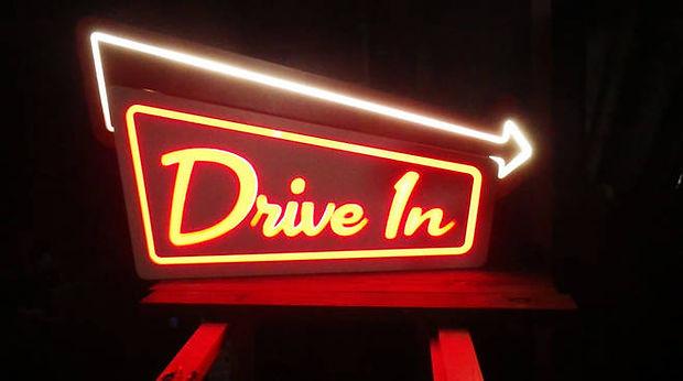 drive-in-302777.660x368.jpg