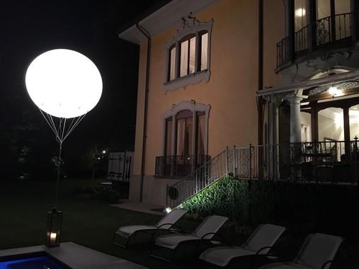 Pallone luce Gigante 1.jpeg