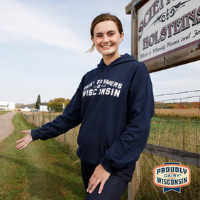 Celebrate June Dairy Month with the Virtual Farm Tour
