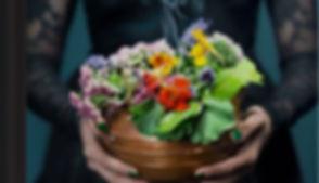 Häxans Trädgård blommor_redigerad.jpg