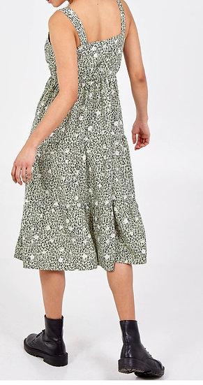 Strap shoulder Tiered Midi Dress