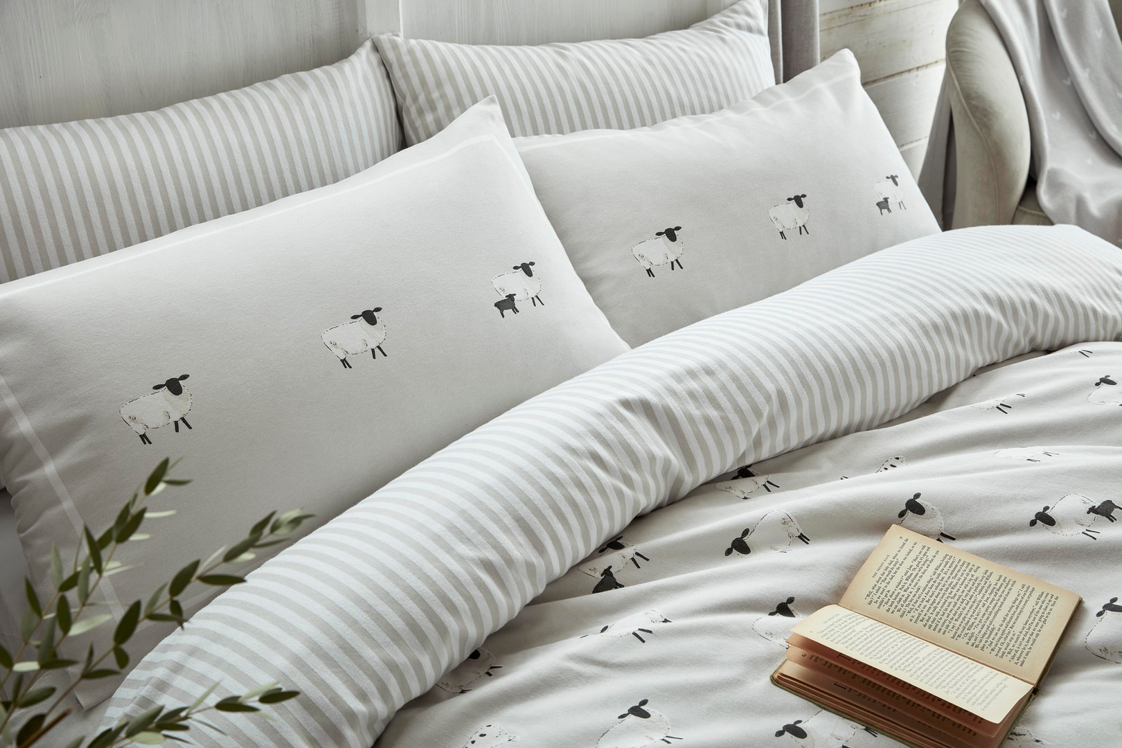 Sophie Allport Sheep Bedding