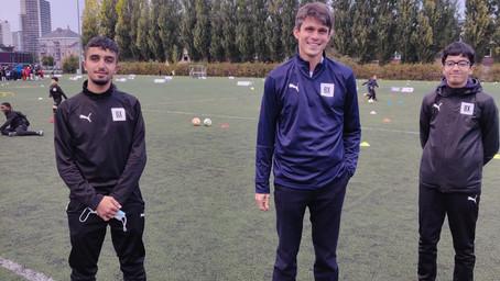Brusselse voetbalclub BX leert jongeren al voetballend Nederlands