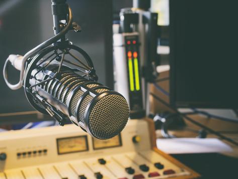 Minister van Media lanceert oproep voor erkenning als landelijke radio-omroeporganisatie