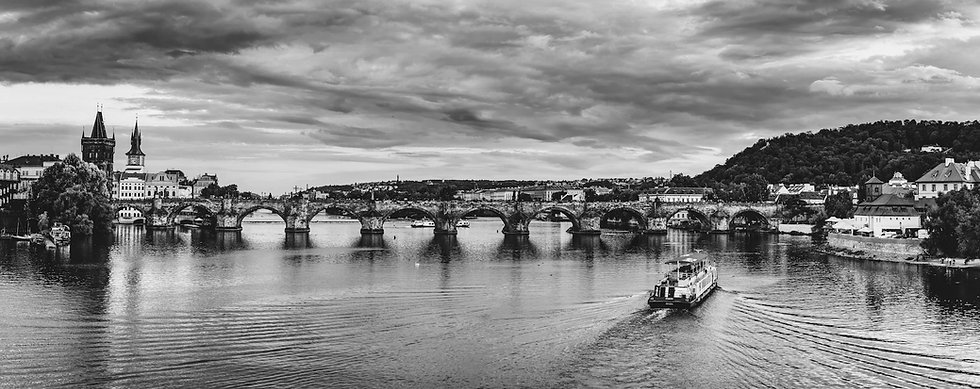 Pozadi_Praha_cb.jpg