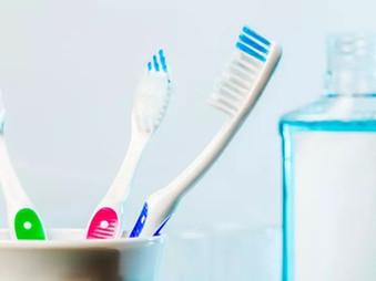 Pagrindinės efektingo dantų valymo priemonės