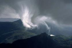 landscapes_storm_on_snowdon
