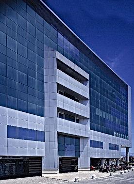 Esterno edificio Italias.jpg