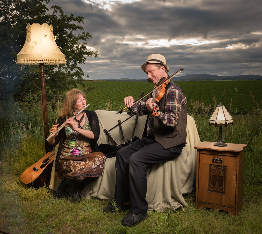 Zetor in the Kailyard - Scottish folk music with live looping