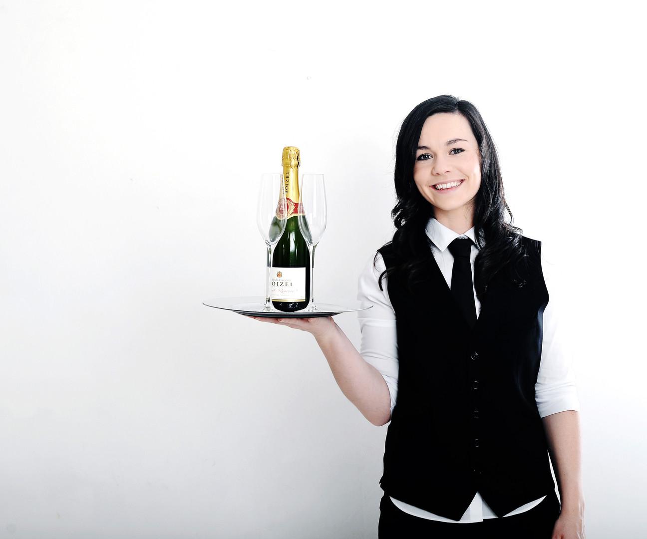 Jess Waitress 3.JPG