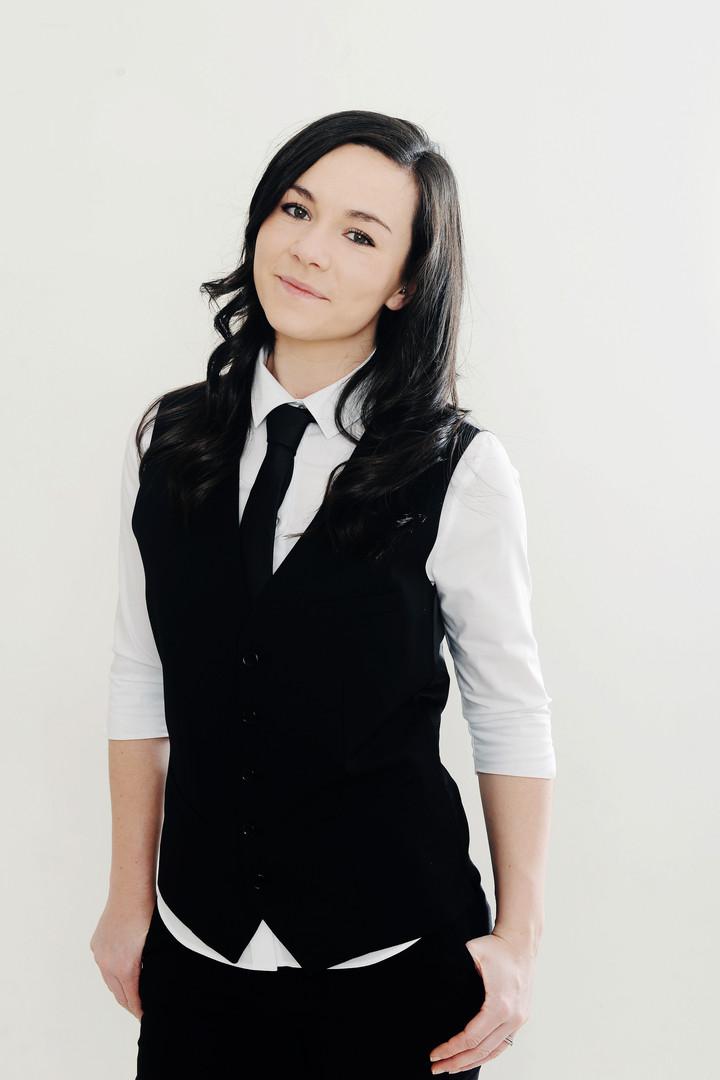 Jess Waitress 2.JPG