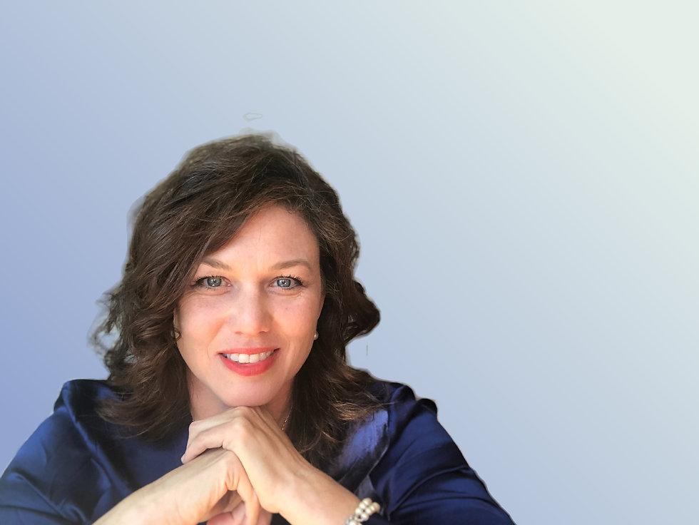 Danna Lewis, author headshot
