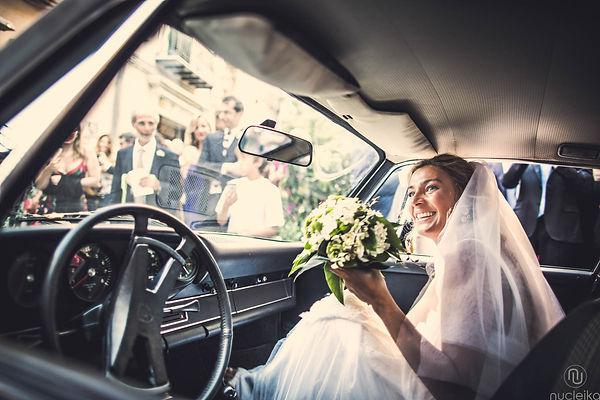 la sposa col bouquet fotografo matromonio