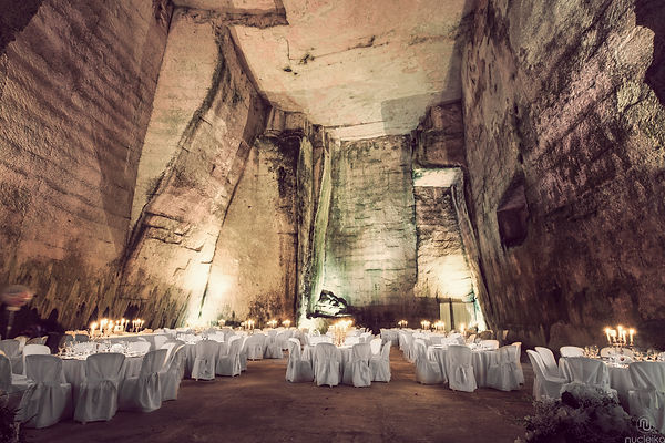 wedding cave la caverna del matrimonio
