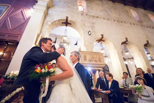 il bacio del matrimonio