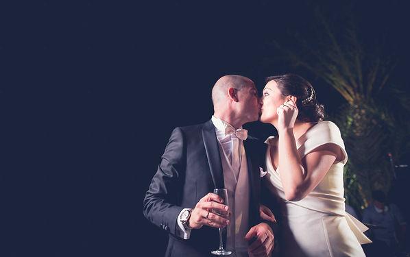 un bacio degli sposi