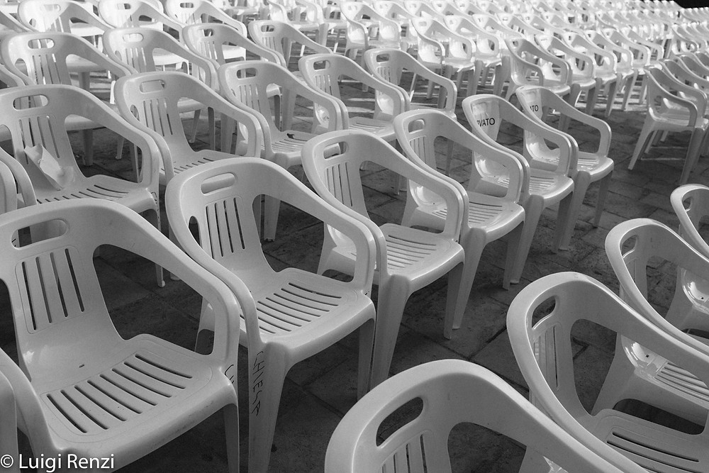 nucleika sedie vuote plastica